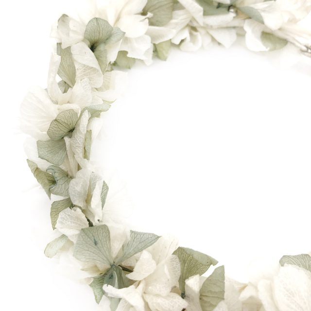 Corona de Florescon Lazo Verde y Crudo