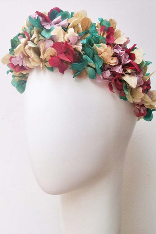 Coronas de flores para el pelo online