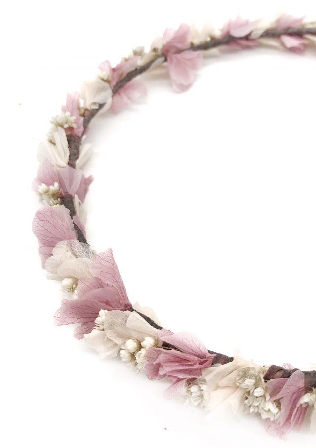 Corona de Flores con Lazo Rosa y Blanco
