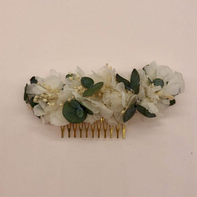 Peineta de Flores Blancas y Paniculata